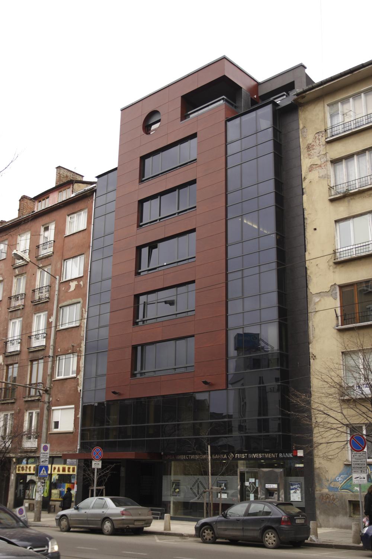 Жилищна сграда, бул. Хр. Ботев