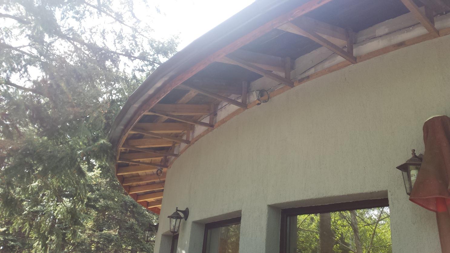 Фасада и покрив, Ресторант Тинтява